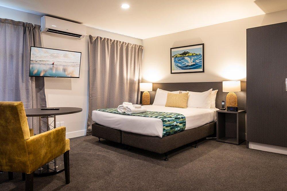 carnmore-hotel-takapuna-2
