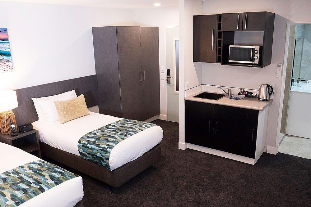 carnmore-hotel-takapuna-twin-beds